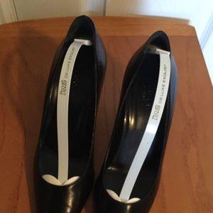 GUCCI 6.5B Black Pumps Pointy toe